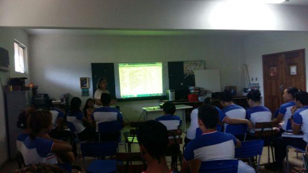 4-3a-ure-esc-stella-ma-oficina-de-port-e-redacao-para-alunos-do-ens-medio-5